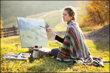 girl-painting